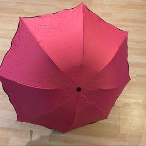 ⚡️2 for $20⚡️Pink and black umbrella